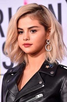 Blonde Blunt Long Bob #longbobhair #blondehair #selenagomez ★ Shoulder length haircuts allow for many styling and coloring options. And if you would like to revive your shoulder length tresses without sacrificing the length, see our photo gallery with cool and popular looks for your medium hair. Believe us, you will not regret stopping by. #glaminati #lifestyle #shoulderlengthhaircuts