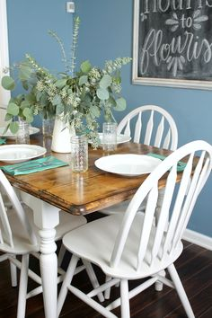 Ever wanted to give your kitchen table a makeover? In this easy tutorial I show you how to paint and stain your way to a whole new DIY kitchen table!