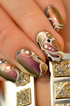 nail art abstrait fete Love the colours Great Nails, Fabulous Nails, Gorgeous Nails, Cool Nail Art, Hot Nails, Hair And Nails, Beautiful Nail Art, Beautiful Nail Designs, Stunningly Beautiful