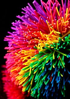 World of happy colors-koosh ball Love Rainbow, Taste The Rainbow, Over The Rainbow, Rainbow Colors, Rainbow Stuff, Rainbow River, Rainbow Magic, Rainbow Flowers, World Of Color