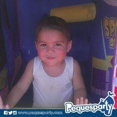 Y cuando no hay calor que valga. Nuestros pequeños disfrutan de las fiestas todo incluido.  Fiestas PequesParty La Fábrica de Sonrisas  #fiestas #animacion #eventos #maracaibo #vzla #Occidente #cumple #yeah #castillos #Snacks #a #TodoIncluido #Party #activaciones #cool #mcbo #niños #kids