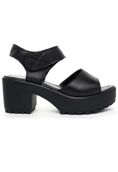 Block-Heel Leather Sandals in Black - Shoes - Goods - Retro, Indie and Unique Fashion