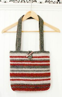 Easy striped crochet tote pattern ... free too!