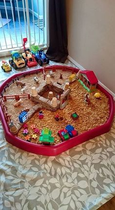 Farm Activities, Fun Activities For Kids, Preschool Ideas, Farm Animal Crafts, Animal Crafts For Kids, Sensory Boxes, Sensory Play, Outdoor Games For Toddlers, World Farm