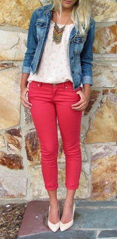Pantalón rojo. Outfit
