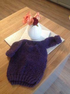 Knitted baby skappel