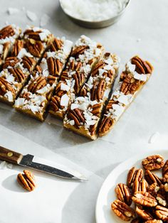 Almost raw coconut-pecan pie bars — OLC This post was created in partnership with Califia Farms . Heart Healthy Desserts, Raw Desserts, Healthy Dessert Recipes, Raw Food Recipes, Sweet Recipes, Delicious Desserts, Coconut Pecan, Raw Coconut, Yummy Treats