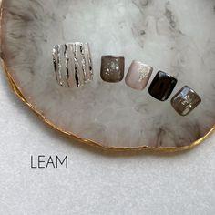 Nail Salon Design, Salon Interior Design, Dental Office Design, Healthcare Design, Cherry Nails, Hair Salon Interior, Interior Design Portfolios, Feet Nails, Nail Arts