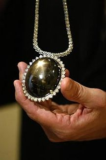 LARGEST STAR SAPPHIRE OF THE WORLD