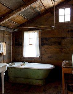 Love this cabin rustic bathroom!