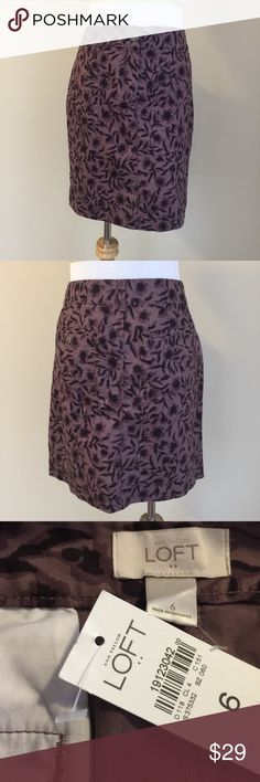 """NWT Ann Taylor Loft purple floral skirt sz 6 NWT Ann Taylor Loft purple floral casual skirt, size 6.  Soft smooth cotton twill, tailored style, hits above knee, zip and button closure, functional front and rear pockets.  Condition:  NWT (new with tags).  Material:  100% cotton.  Measurements:  length 18"""", flat waist 16"""", flat hip 19"""". LOFT Skirts"""
