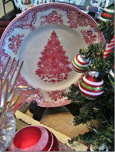 love the simplicity - French Country Christmas