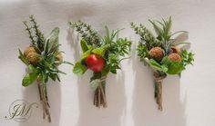 Herbal rustic buttonholes.