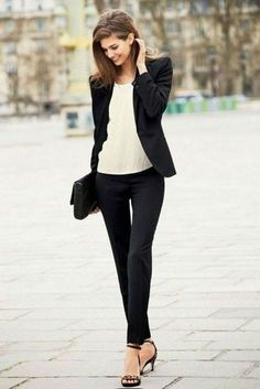 Interview Outfits Women perfect interview outfits for women 6 business casual Interview Outfits Women. Here is Interview Outfits Women for you. Interview Outfits Women how to build confdience in the professional workplace. Casual Attire For Women, Business Casual Attire, Casual Work Outfits, Professional Outfits, Office Outfits, Mode Outfits, Office Wear, White Outfits, Business Outfits