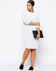 Such a simple and cute outfits #plussize