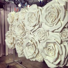 love the flower wall, would love to make into a headboard !!!!!!