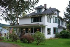 Twilight | Forks Cullen House & Places to Stay in Forks Washington. Cullen House - Twilight Saga ...