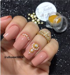 Fails art designs with rhinestones bling bling 49 ideas for 2019 Dimond Nails, Gem Nails, Shellac Nails, Bling Nails, Manicure And Pedicure, Hair And Nails, Acrylic Nails, Bling Bling, Elegant Nails