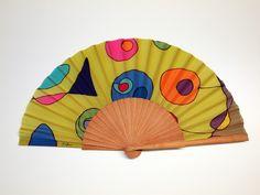 Abanico en seda pintada a mano. Regalo de boda Fan Decoration, Franz Kline, Victorian Fashion, Arts And Crafts, Hand Fans, Bulgaria, Etsy, Inspire, Paintings