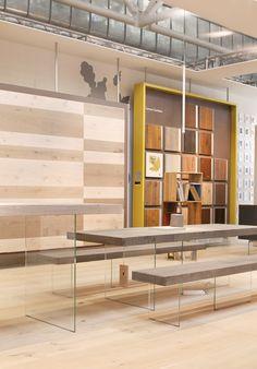 stand Listone Giordano Cersaie 2014 Kitchen Showroom, Tile Showroom, Showroom Design, Furniture Showroom, Interior Design, Unique Flooring, Diy Flooring, Fun Office Design, Tile Warehouse