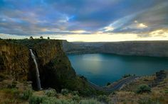 Lake Billy Chinook,The Cove Palisades- Central Oregon