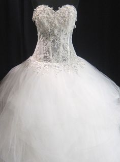 Pnina Tornai of Kleinfeld Corset style Wedding Gown