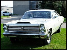 1966 Ford Fairlane 427 Lightweight presented as Lot at Indianapolis, IN Classic Mustang, Ford Classic Cars, Ford Motor Company, Ford Lincoln Mercury, Ford Torino, Old School Cars, Vintage Tractors, Ford Fairlane, Us Cars