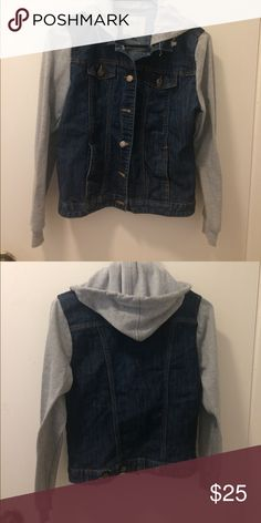 Jean jacket 10/10 condition , comfortable when moving around, sleeves are soft Jackets & Coats Jean Jackets
