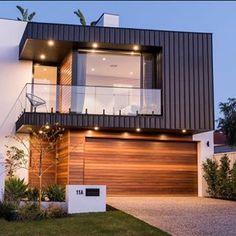 North Beach House by Darklight Design – Beach House Decor House Cladding, Facade House, Beach House Bedroom, Beach House Decor, Style At Home, Two Story House Design, Best Modern House Design, Duplex House Design, Australia House