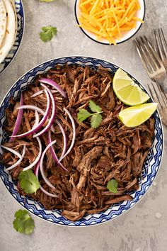 If you love Chipotle's barbacoa, you simply have to try this simple and delicious crockpot recipe. Delicious Crockpot Recipes, Vegetarian Recipes Dinner, Mexican Food Recipes, Dinner Recipes, Mexican Dishes, Crockpot Meals, Dinner Ideas, Spanish Recipes, Freezer Meals