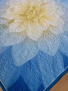 Machine Quilting Patterns, Longarm Quilting, Free Motion Quilting, Quilting Ideas, Quilting Projects, Quilt Patterns, Clamshell Quilt, Watercolor Quilt, Whole Cloth Quilts