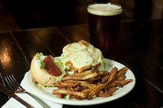 """""""Short's Burger and Shine"""" one of top places to watch Super Bowl"""