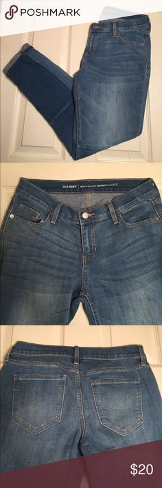 Old Navy Boyfriend Skinny Jeans Women's Size 4 Regular. Boyfriend Skinny Jeans. Preowned but in great condition hardly worn as all 8 photos show. Retails for $37 Old Navy Jeans Boyfriend