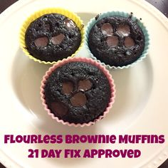 21 day fix (healthy) brownie muffin recipe! A great treat for dessert! Tastes like cake- I love them for breakfast!