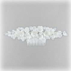 SHOP-PARADISE.COM:  Haarkamm, 22x7 cm, weiß 4,19 €