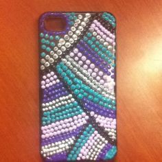 Old phone case+puffy paint=new phone case!