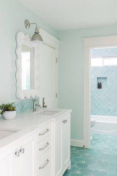 turquoise coastal bathroom