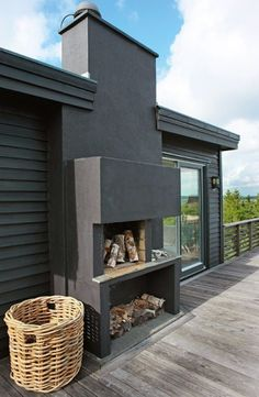 love the color of the house. and of course the outdoor fireplace