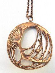 """Karl Laine. """"Hämähäkinverkko"""". 1971. Pronssinen kaulakoru - Sten & Laine, Turku Brutalist, Hangers, Silver Jewelry, Pendant Necklace, Jewels, Jewellery, Vintage, Jewelery, Jewelery"""