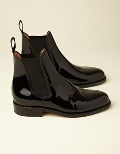 Ladies Patent Chelsea Boot (black) -wish these were in stock. Love them