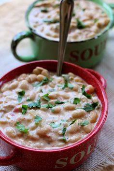 Homemade White Chili (Instant Pot or Slow Cooker)--Make white chicken chili from scratch using dried beans, tender chicken breasts, cream cheese and rotel. Creamy White Chicken Chili, Crockpot White Chicken Chili, White Chili, Slow Cooked Meals, Crock Pot Slow Cooker, Slow Cooking, Pressure Cooking, Cooking Chili, Chili Food