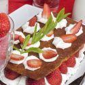 Tartaletas de fresas con nata  - EVA  ARGUIÑANO - http://www.hogarmania.com/cocina/recetas/postres/200910/tartaletas-fresas-nata-1909.html