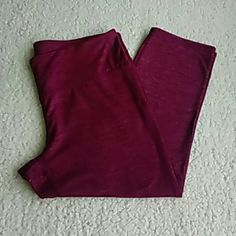 Athleta Capri's Sz L Athleta Capri's Sz L...super soft and crazy comfy capri's...cranberry red color with hidden pocket in waistband...in excellent condition Athleta Pants Track Pants & Joggers