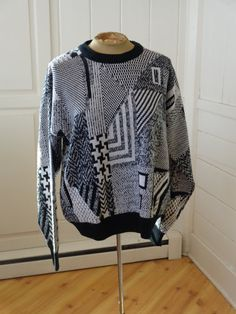 90s Black White Slouchy sweater by BosVintage on Etsy