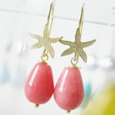 Cute sea star earrings, perfect for summer!