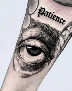 Tattoos Eye In Hand — Hand Tattoos Design Hand Tattoos, Tattoos Masculinas, Unique Tattoos, Black Tattoos, Body Art Tattoos, Sleeve Tattoos, Cool Tattoos, Tatoos, Black Work Tattoo