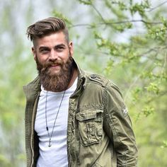 Beards                                                                                                                                                     Mehr Badass Beard, Sexy Beard, Man Beard, Beard Haircut, Undercut Beard, Short Undercut, Beard Love, Full Beard, Haircuts For Men