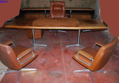 MD74-scrivania-dirigenziale-desk-Osvaldo-Borsani-per-Tecno-Milano-1958