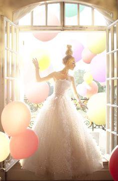 Fantasy Wedding Dress In Balloons    #balloons  #Weddingdress