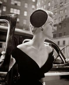 des photos noir et blanc de femmes des années 4050 par Nina Leen 2Tout2Rien